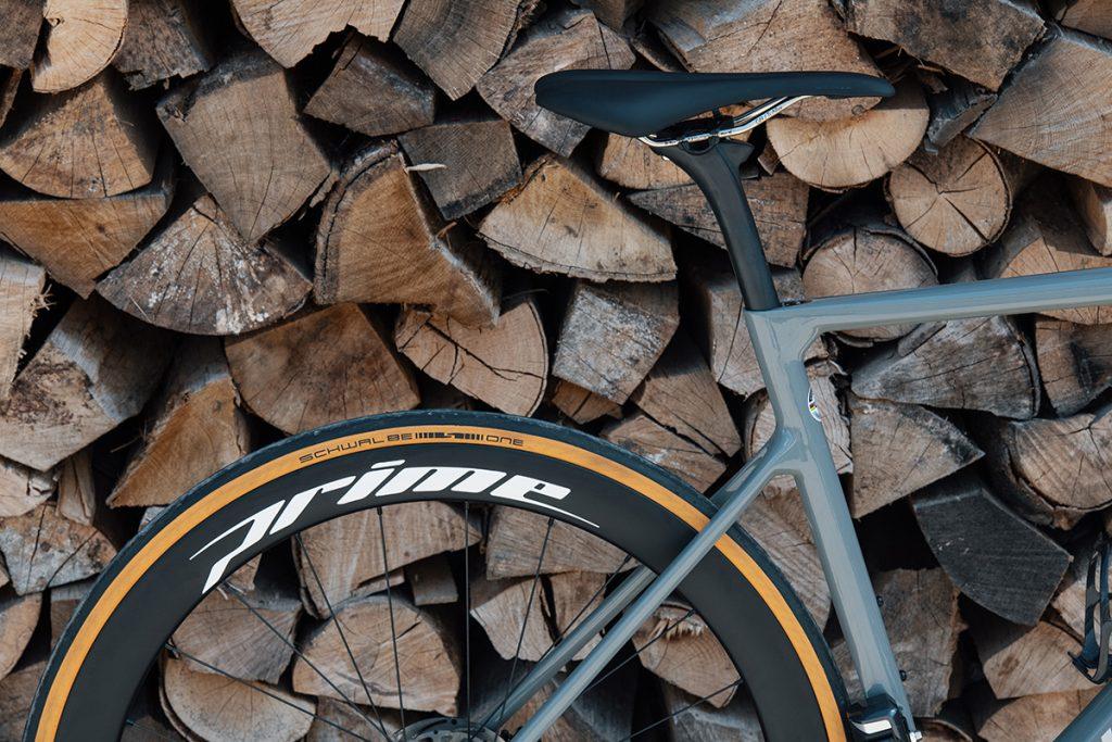 Top 6 beginner road bike upgrades- saddle