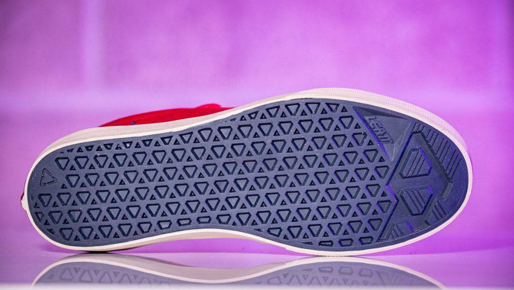 Leatt 1.0 flat pedal shoe sole detail