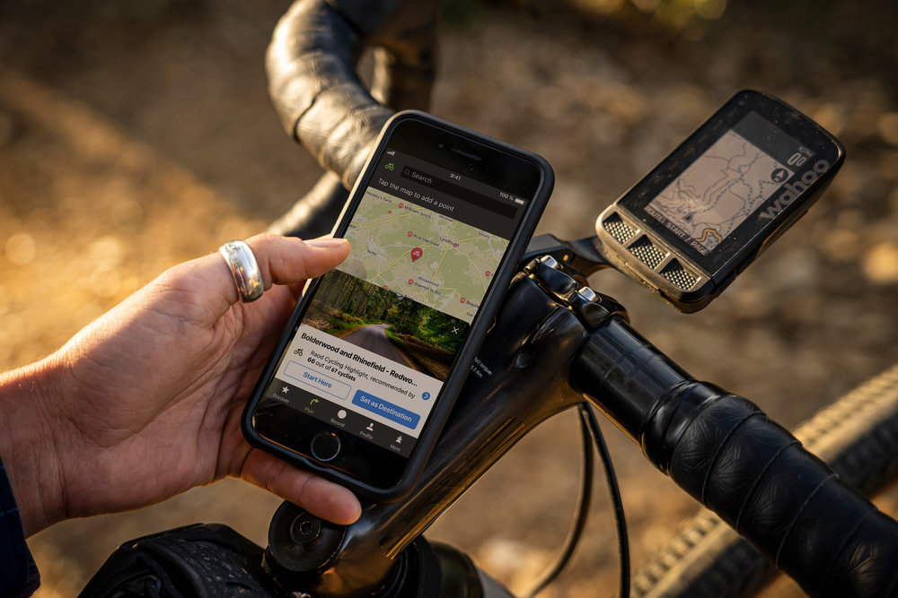 Komoot being used on a gravel ride (Image by Komoot)