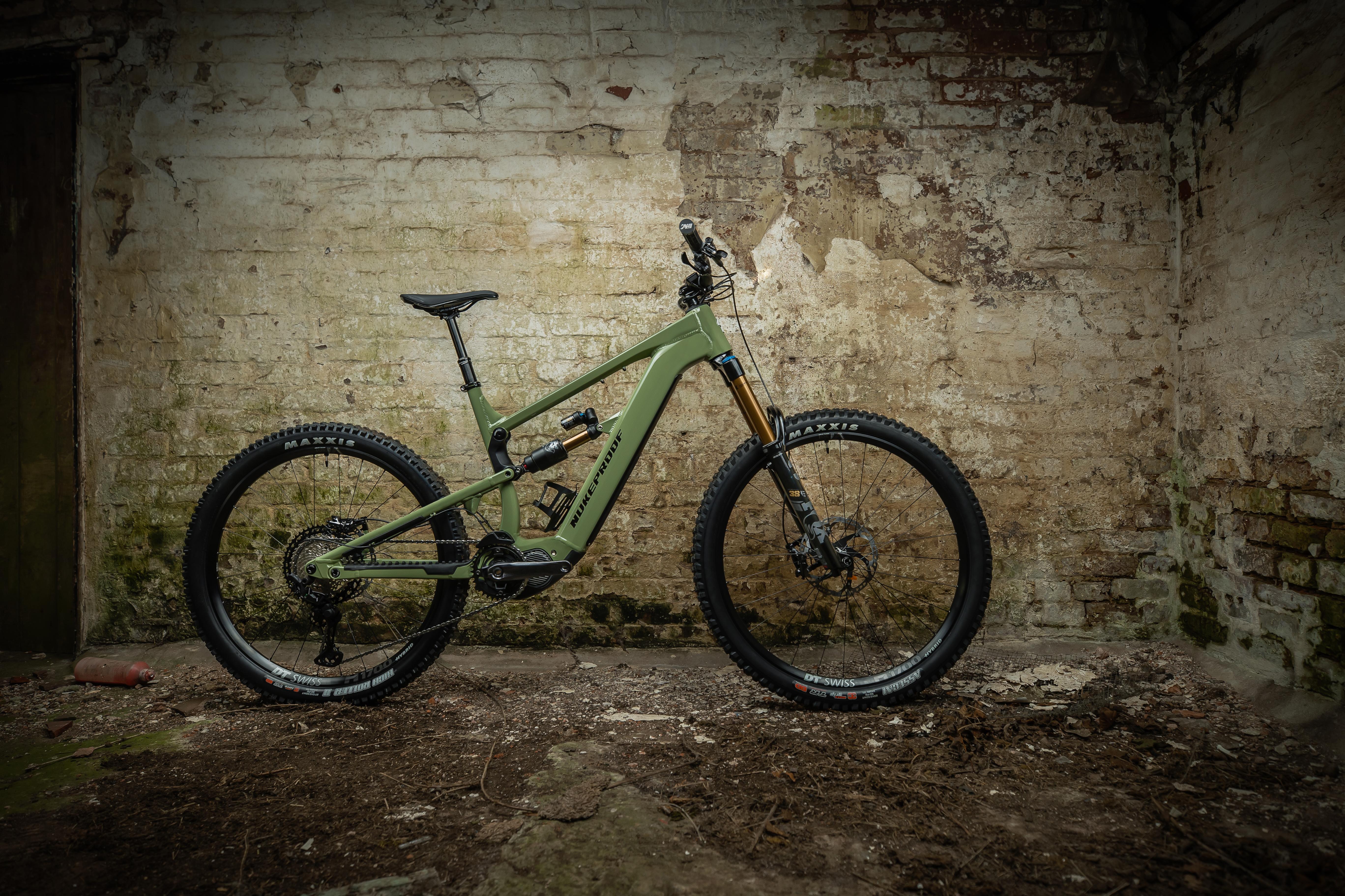 Nukeproof Megawatt 297 Factory Bike